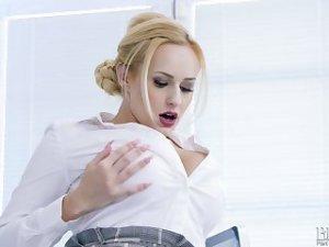 Xxx porn  tube